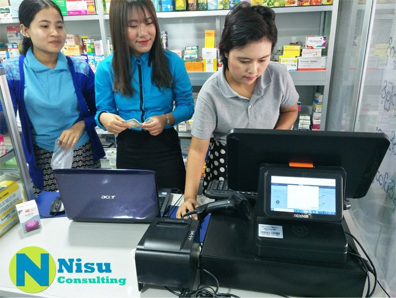 Retail staff is using Odoo POS